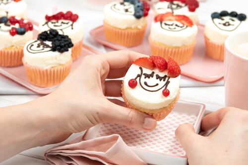 Berry Face Cupcakes