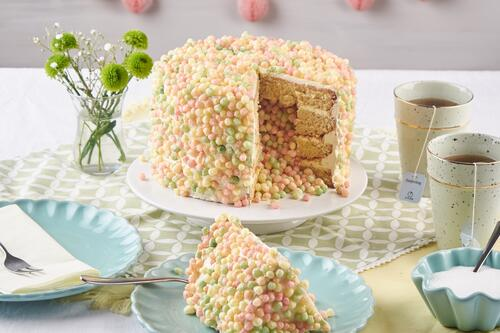 Bunter Surprise-Inside-Cake