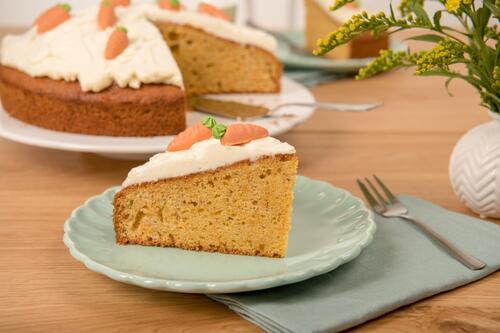 Karottenkuchen Mit Frischkase Topping Rezept Von Backen De